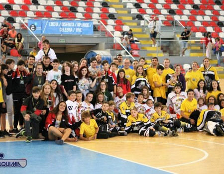 ADC Alquimia Inline e Lóstregos Lucus disputaron a primeira edición do Torneo Cidade de A Coruña de Hóckey Liña en Riazor
