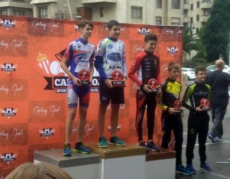 Buenos resultados de los patinadores gallegos de Patinaje de Velodidad este fin de semana en Gijón